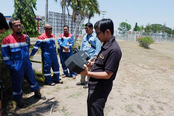 Pelatihan Mobile Drone Blocker di Pertamina Balongan